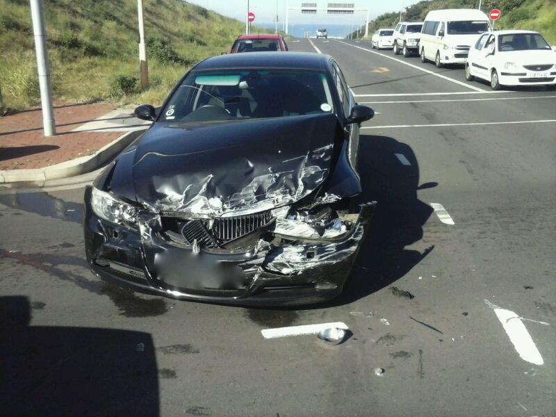 Ridgeside Road Collision Leaves 2 Injured