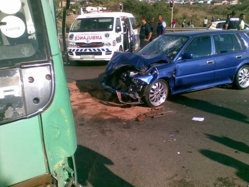 2 People Injured On Avoca Road