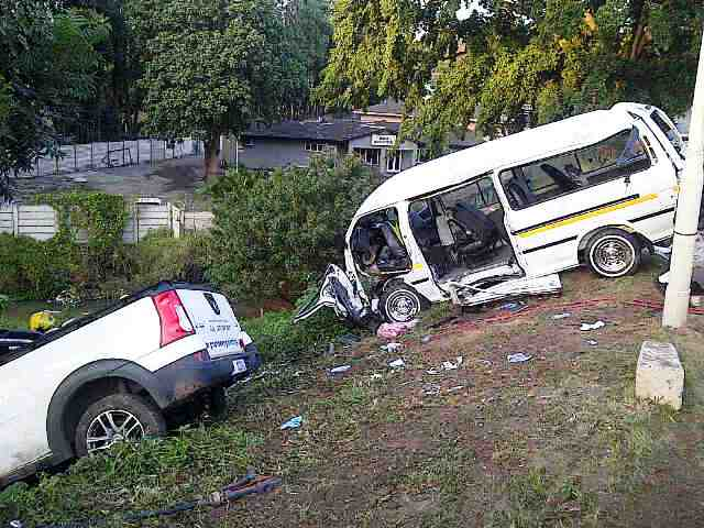 Early morning Taxi accident leaves 11 injured, 3 serious.