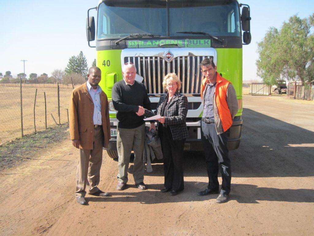 Sihlangene Bulk (Pty) Ltd signs the Responsible Care Public Commitment