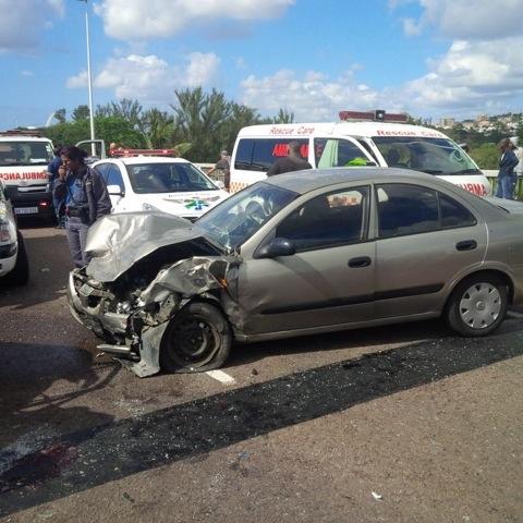 2 Injured In Athlone Bridge Collision