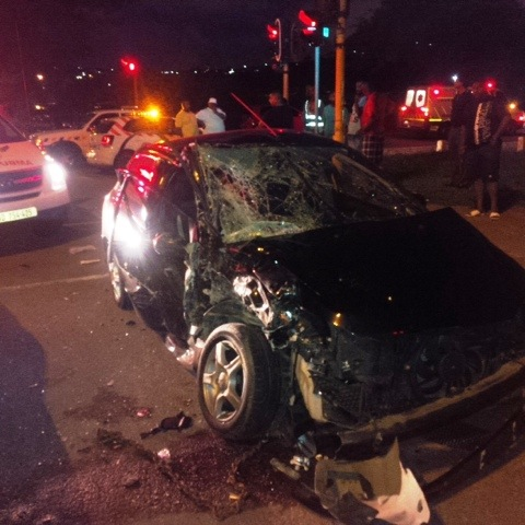 Head on collision leaves 6 injured in Springfield park