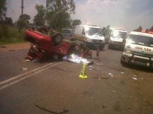 Fatal crash as vehicle overturns on R551 in De Deur, Meyerton