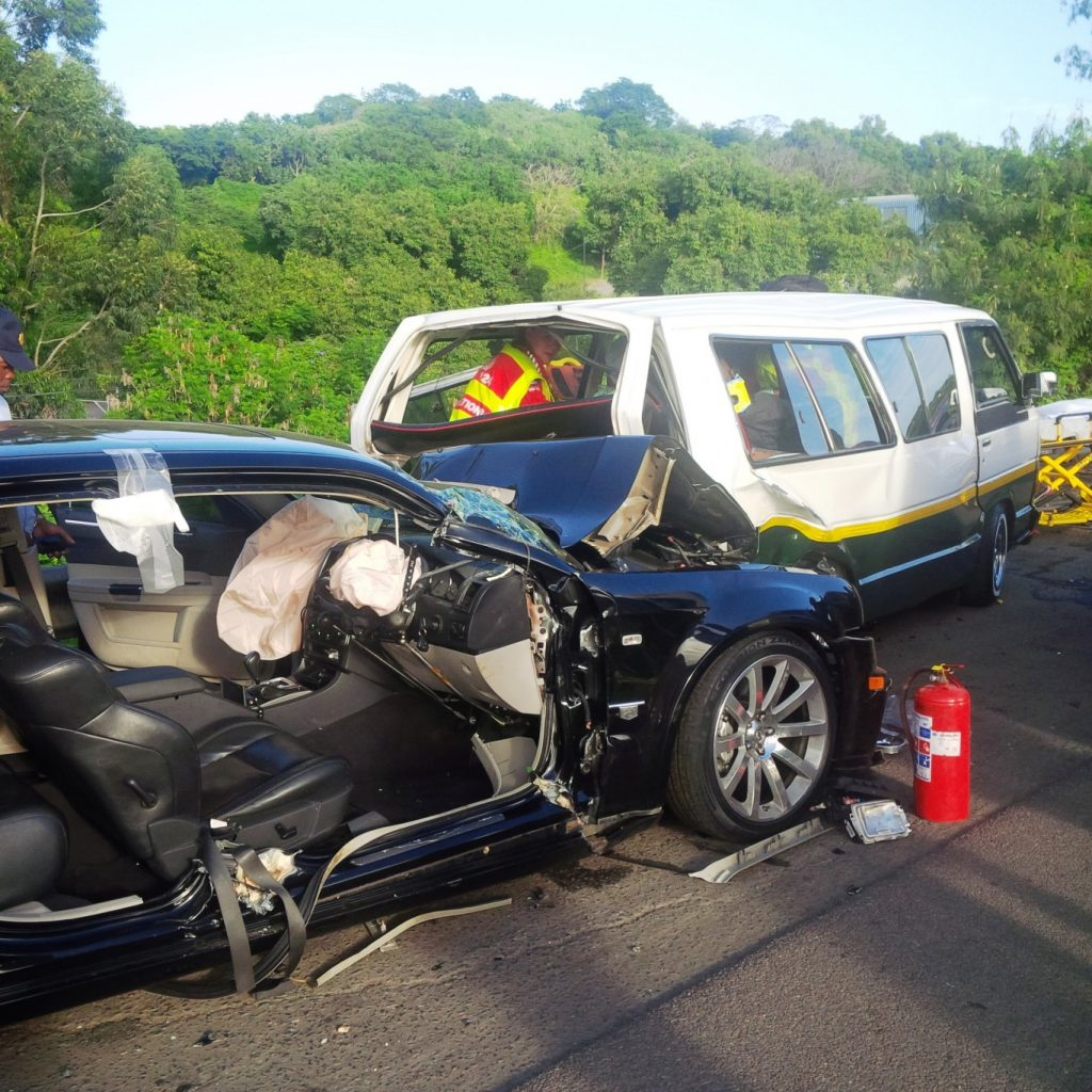 Early morning taxi collision leaves 15 injured on the N2 North bound before the M7 in Durban.