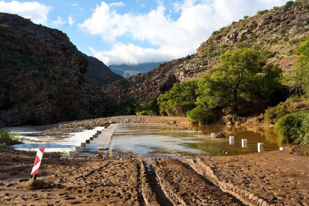 Photos capture flood damage to roads and vehicles in the beautiful Meiringspoort