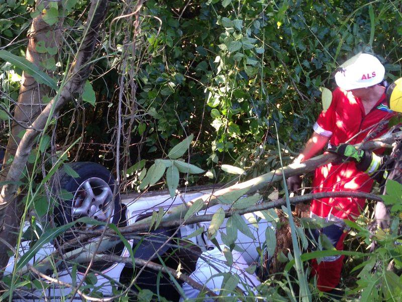 Man rescued from entrapment after vehicle plunged down embankment in KZN