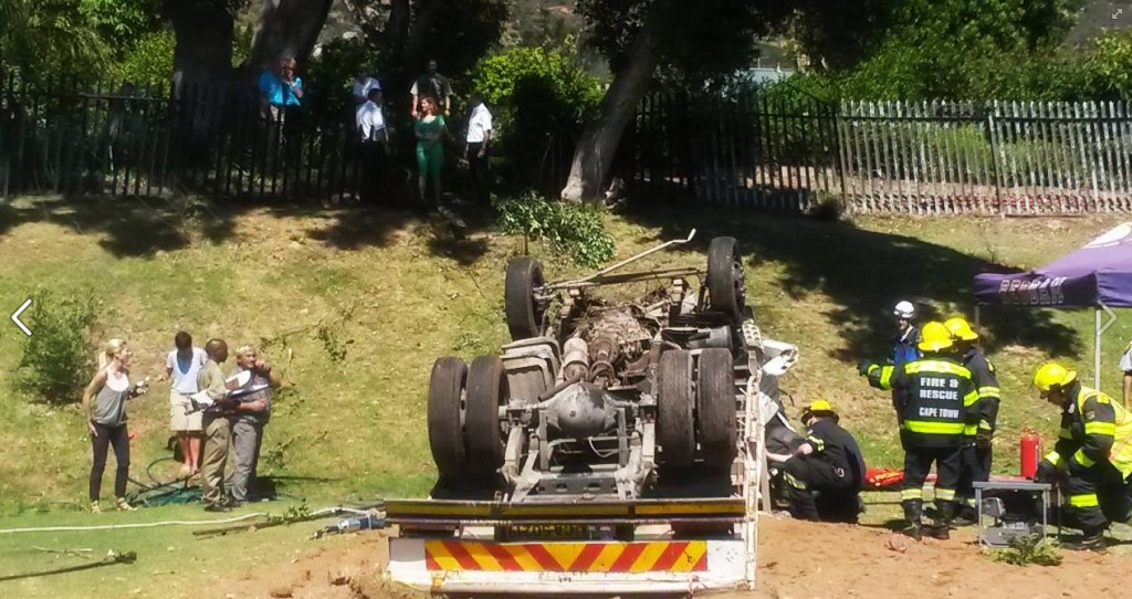 Three injured as truck crashes into school in Steenberg