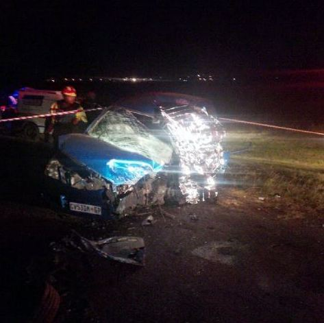 A toddler and two adults killed in head-on collision on R559