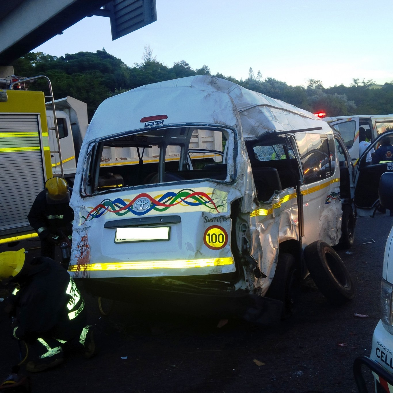 Fatal accident leaves 1 dead 17 injured at N3 West bound before