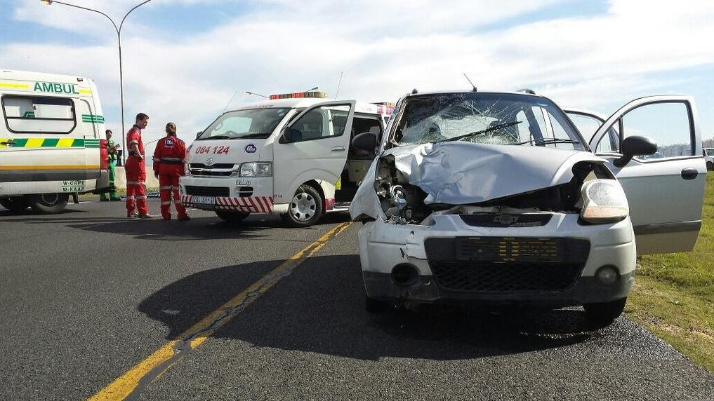 Man killed after running across highway on the N2 in Khayelitsha