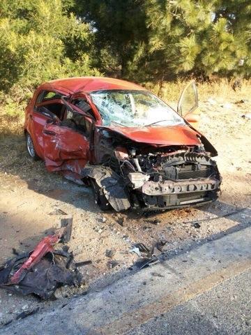 Modderfontein road crash leaves two injured