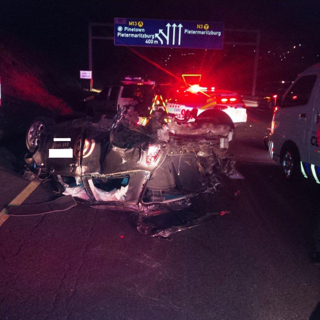 Crash leaves 1 dead, 2 injured in Westville, Durban