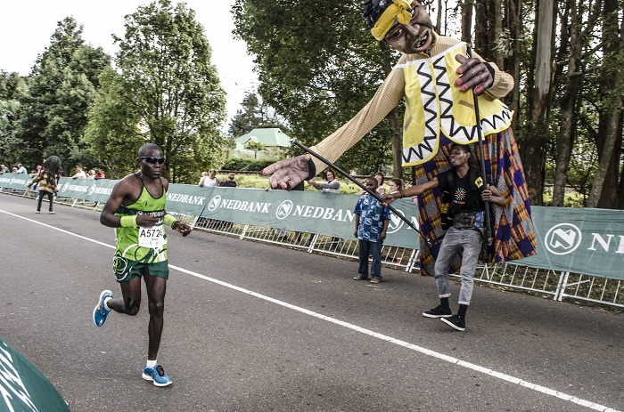 It was a mile of community magic at the 2014 Comrades Nedbank Green Mile