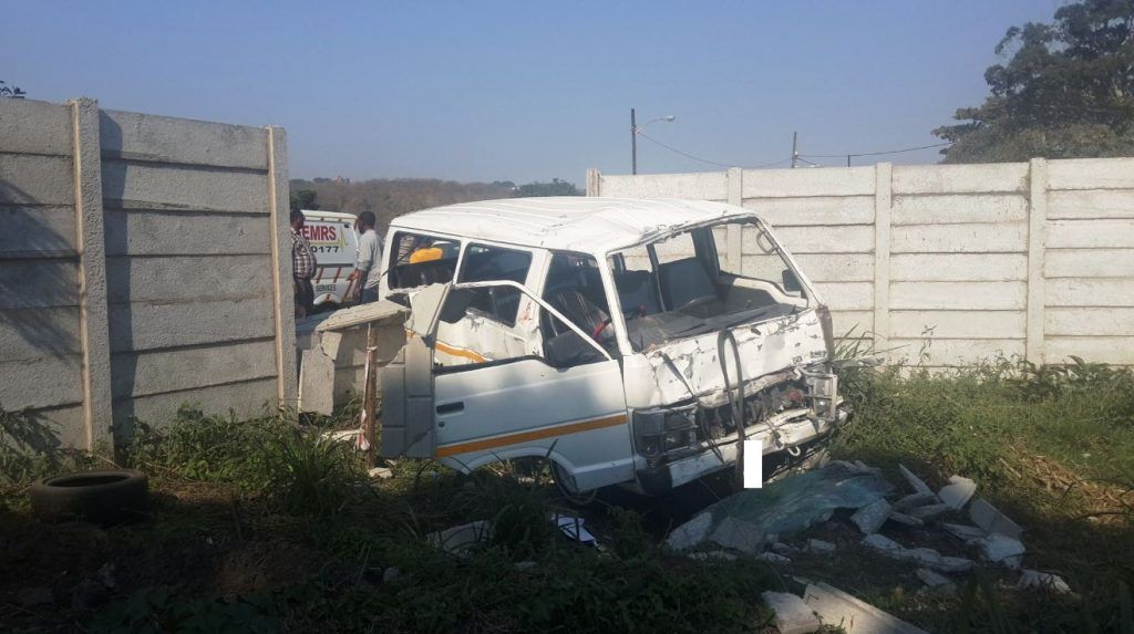 Taxi crash on Bellair Road in Durban leaves 9 injured