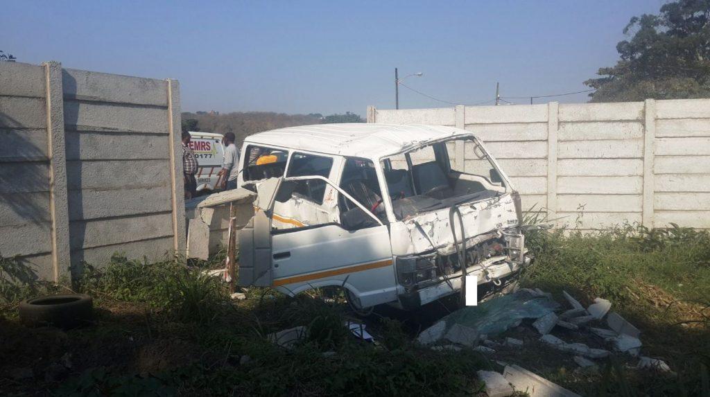 Taxi crash on Bellair Road in Durban leaves 9 injured