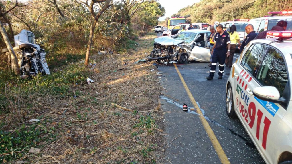 M4 Umdloti accident leaves one dead - five injured