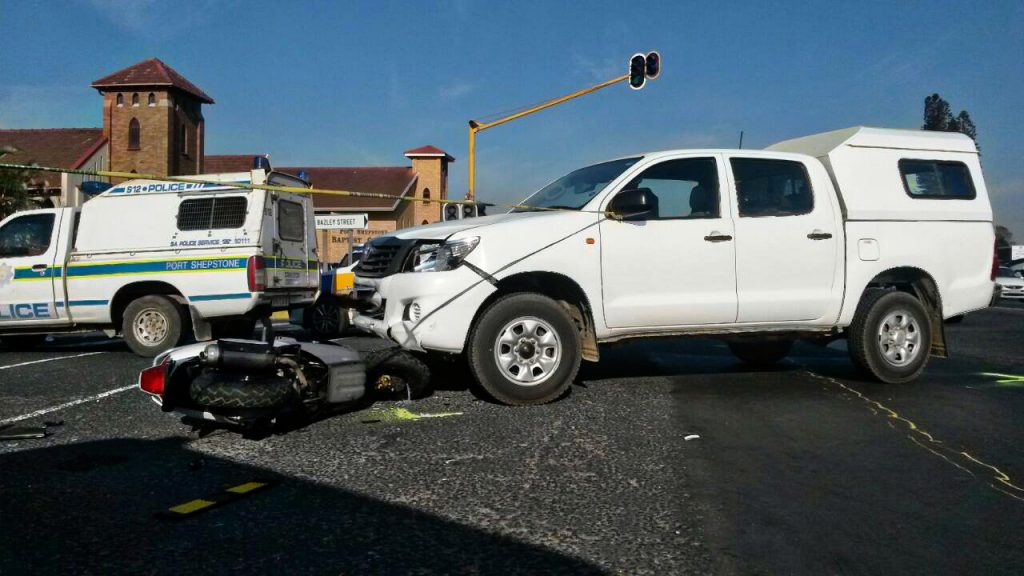 One killed, eight injured in taxi collision at intersection in Boksburg