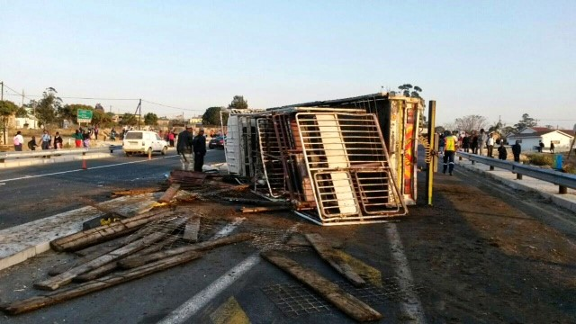 N2 Murchison accident leaves one injured
