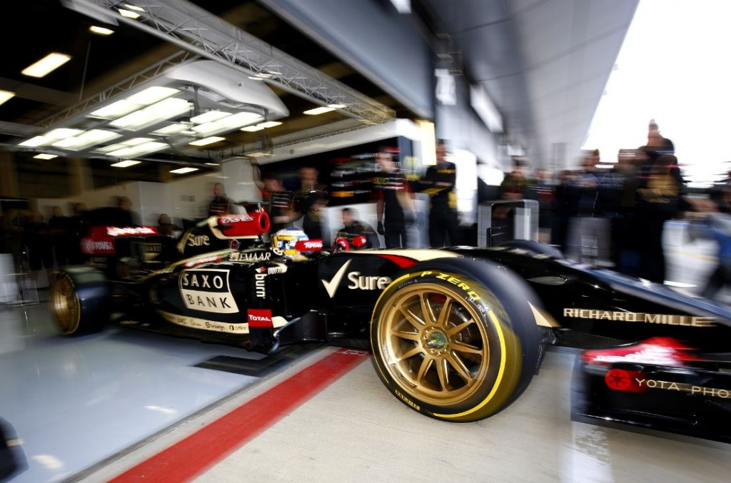 Pirelli tests a new 18-Inch Tyre Concept at Silverstone