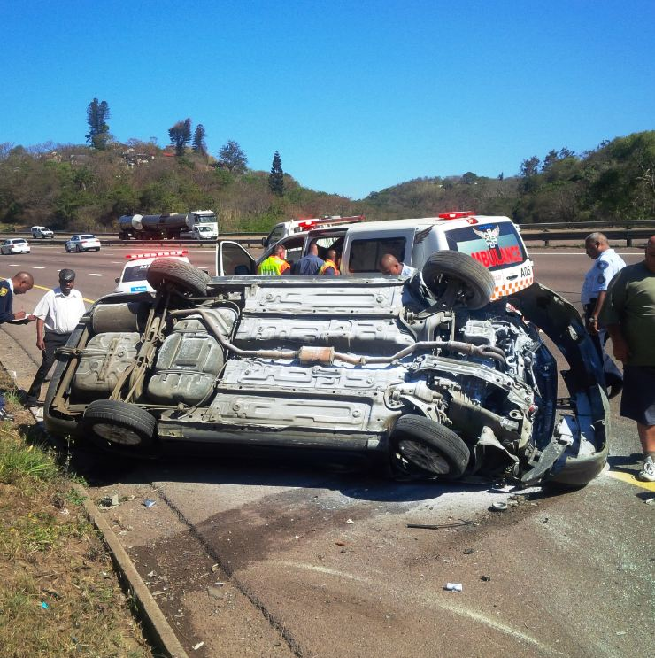 Vehicle rolls leaving 6 injured, Durban