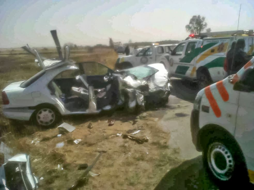 Free State head-on collision leaves two injured