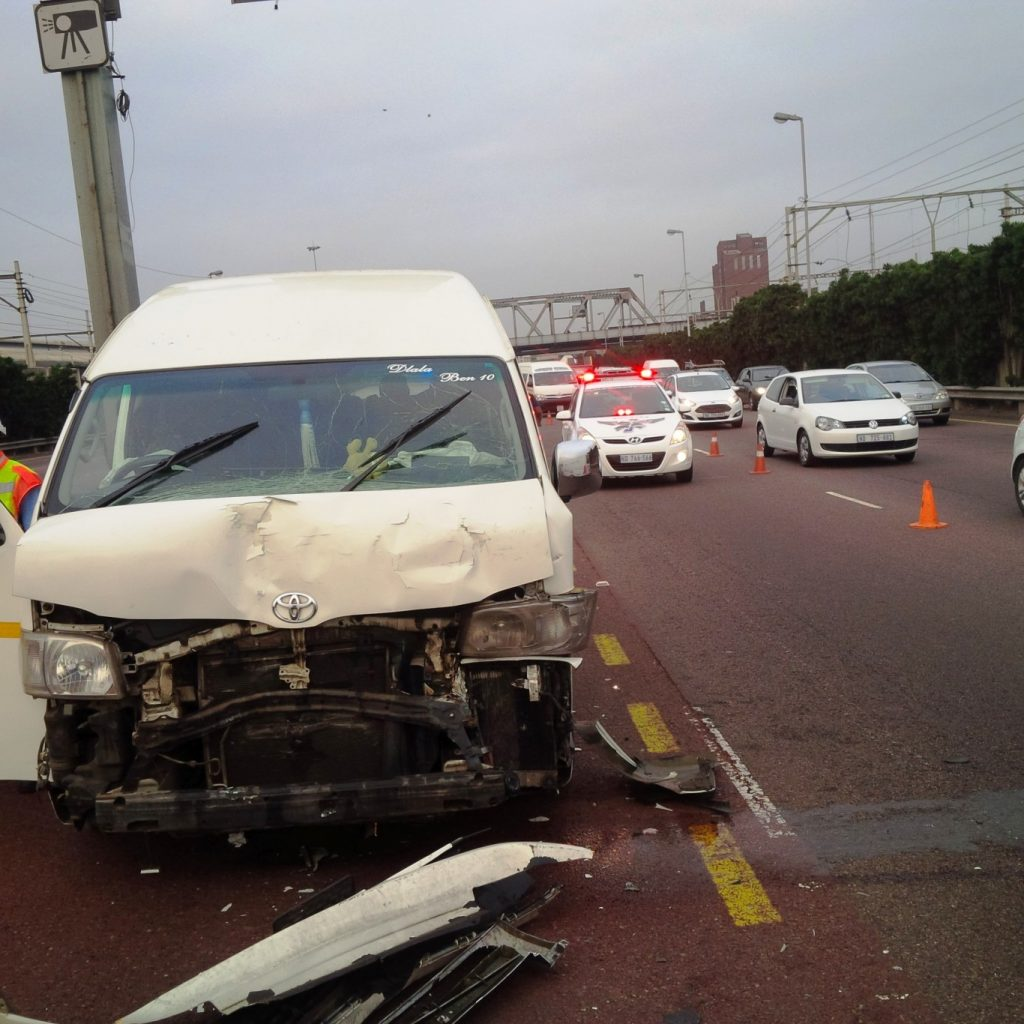 20 hurt after three taxis collide, Durban