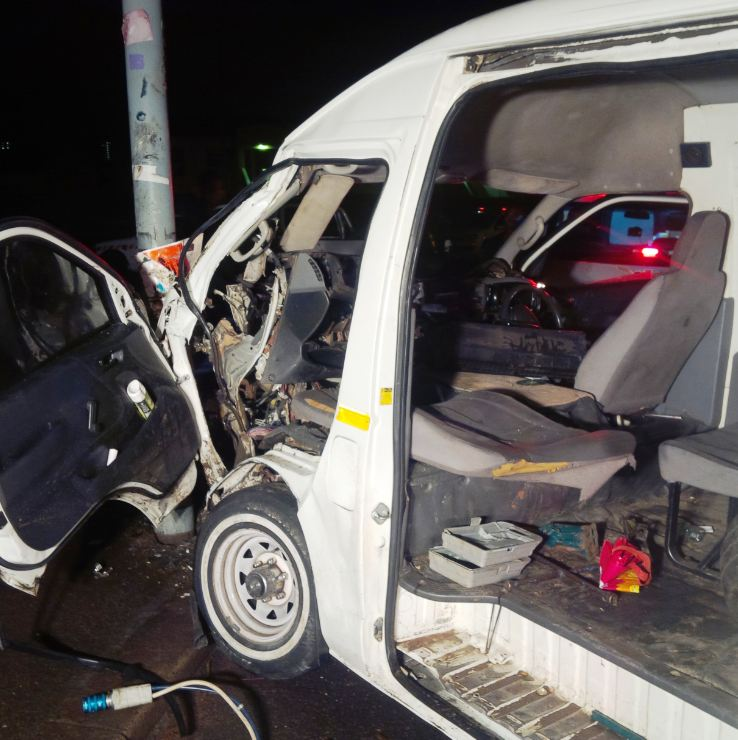 Early morning collision leaves women entrapped in Durban