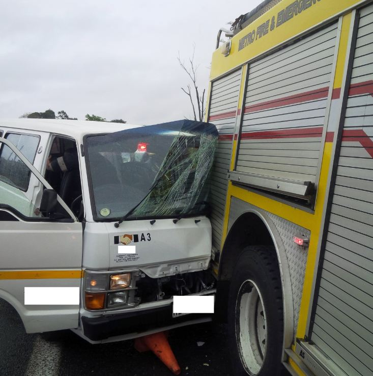 Taxi ploughs into Fire engine leaving 8 injured