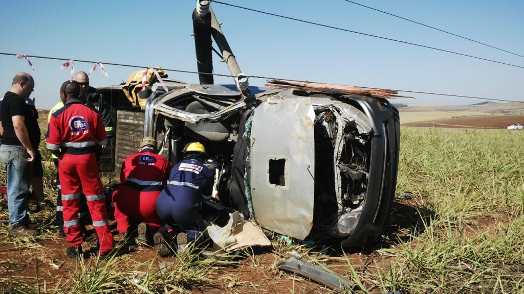 Photos from scene of collision into pole on the R612 Umbumbulu road near the Eston turn off