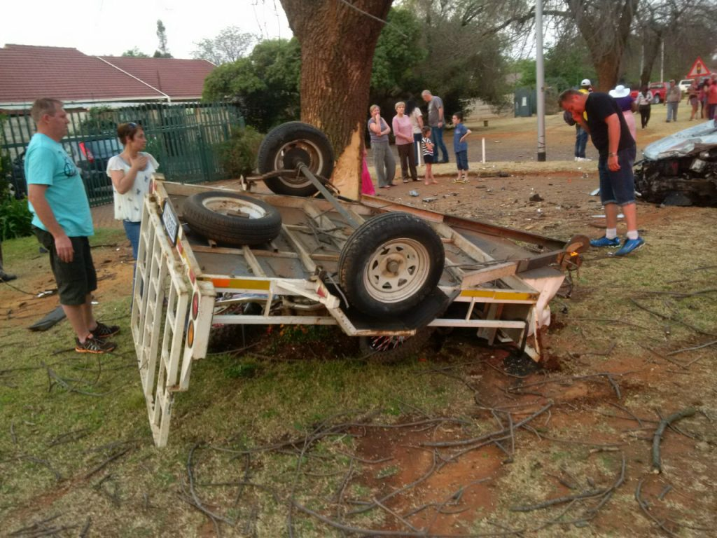 Man Injured when a vehicle with a trailer collided with a tree