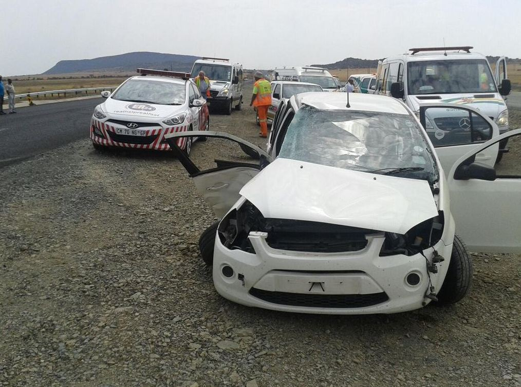 Four injured in collision on the N1 15km outside of Bloemfontein