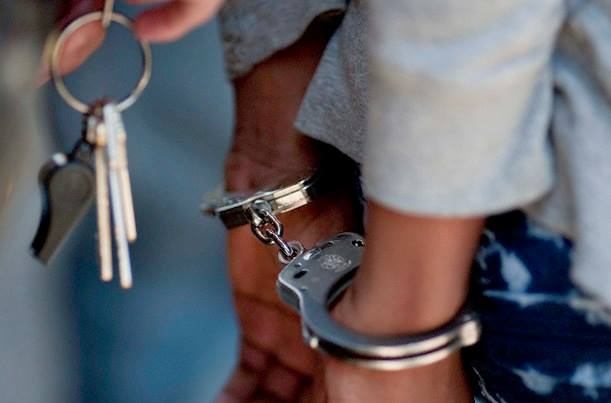 Despatch SAPS members arrest suspect within minutes after robbing  Spaza shop