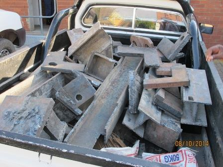 Police arrests suspects transporting stolen metal