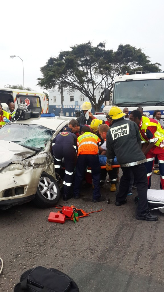 T Bone collision on the corner of Berea Road and Warwick Avenue leaves man critically injured