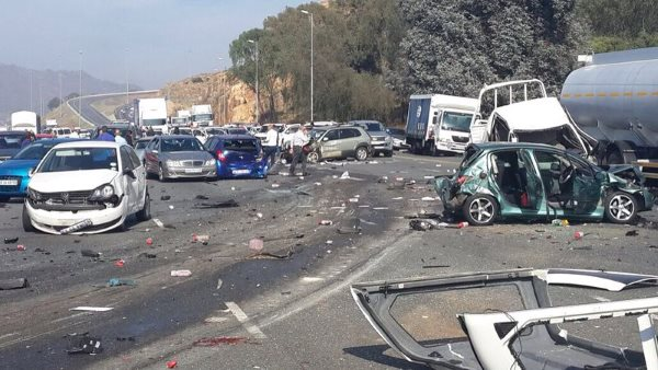 Horrific accident closes the N12 East