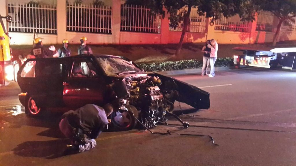 Photos from scene of head-on collision on Umhlanga Rocks drive