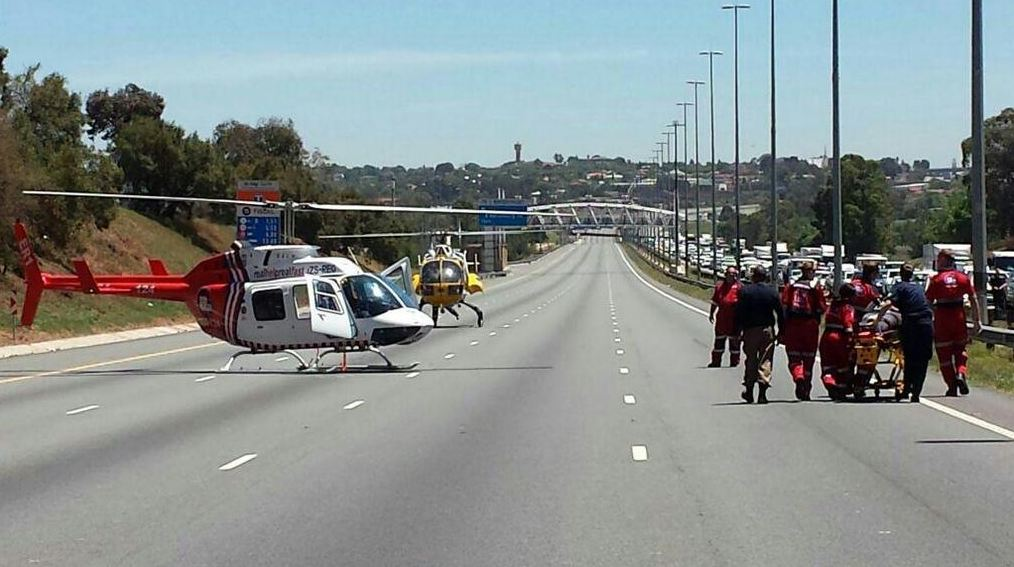 Taxi collision kills three, injures 17 on the N1 near the Maraisburg offramp in Johannesburg