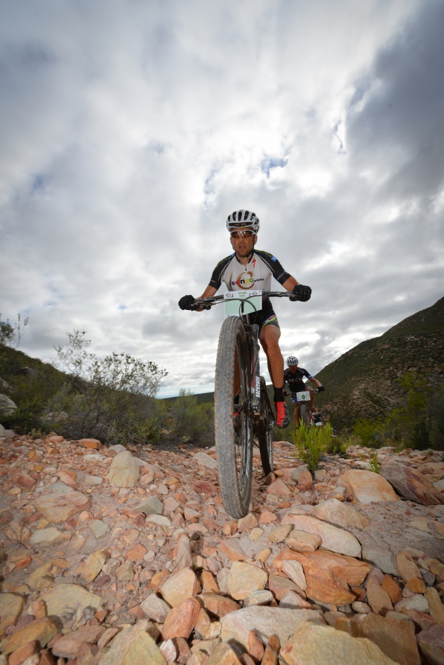 R100 000 up for record time in the Fairview Attakwas Extreme Mountain Bike Challenge