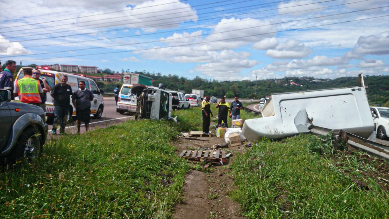 Seven injured when two vehicles overturned on N2 outbound near Jan Smuts in Cape Town