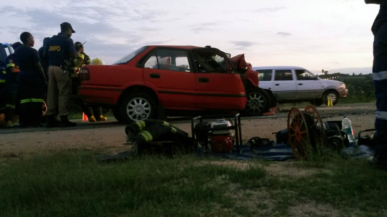 One killed, another injured in Bloubosrand collision 1
