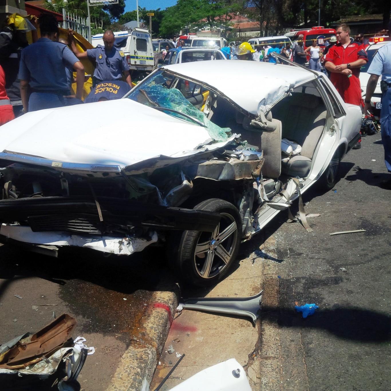 Veteran paramedic dies in road crash on Sparks Road in Sydenham, Durban
