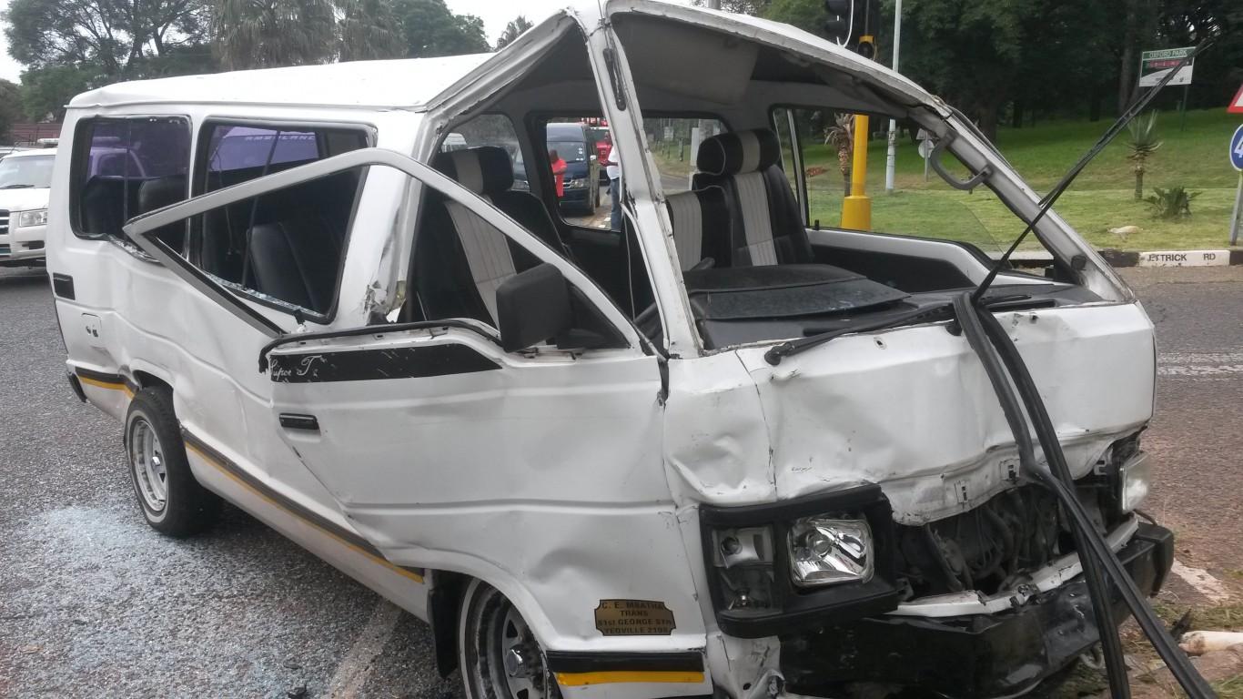 Forest Town road crash leaves thirteen injured