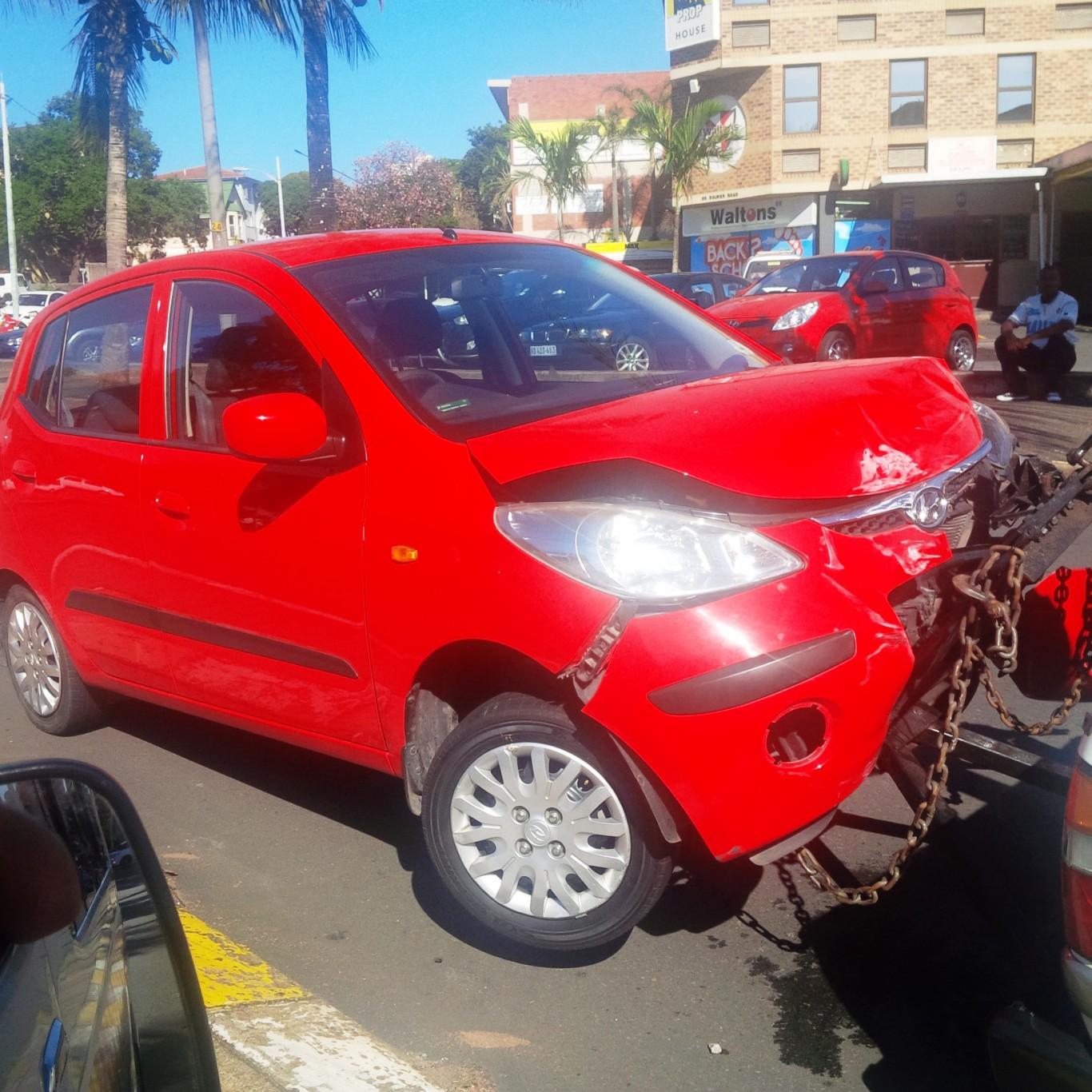 Three road crashes in hour Berea