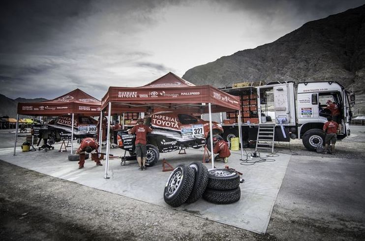 Poulter impresses early on stage 2 of Dakar 2015