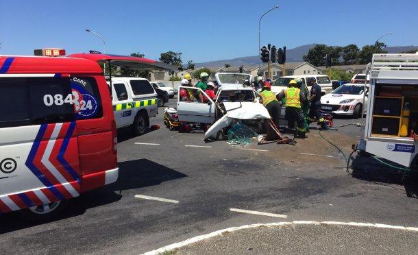 Three injured in Claremont collision