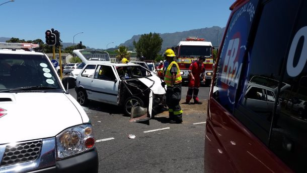 Three injured in Claremont collision