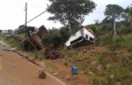 One dead and another injured in truck roll over in Molweni