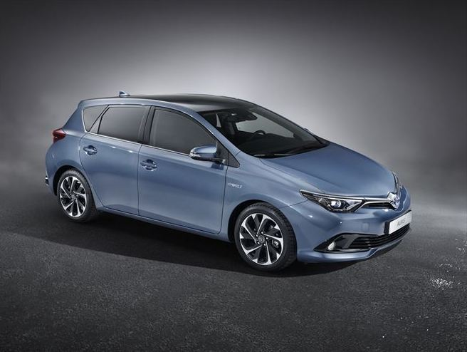 Toyota to debut audacious Auris at Geneva motor show