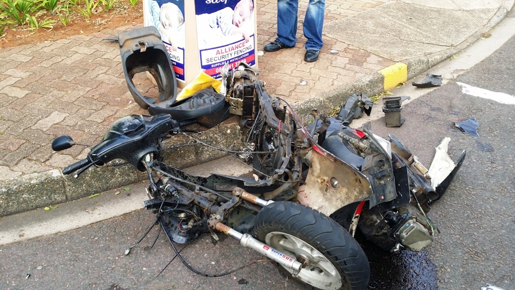 Three injured in bike crash at intersection in Durban
