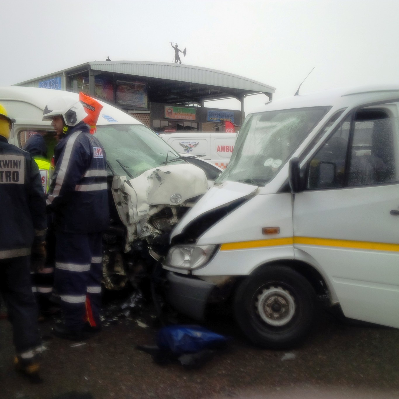 Head on collision leaves 13 injured in Durban